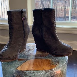 Women's Isola Wedged boots